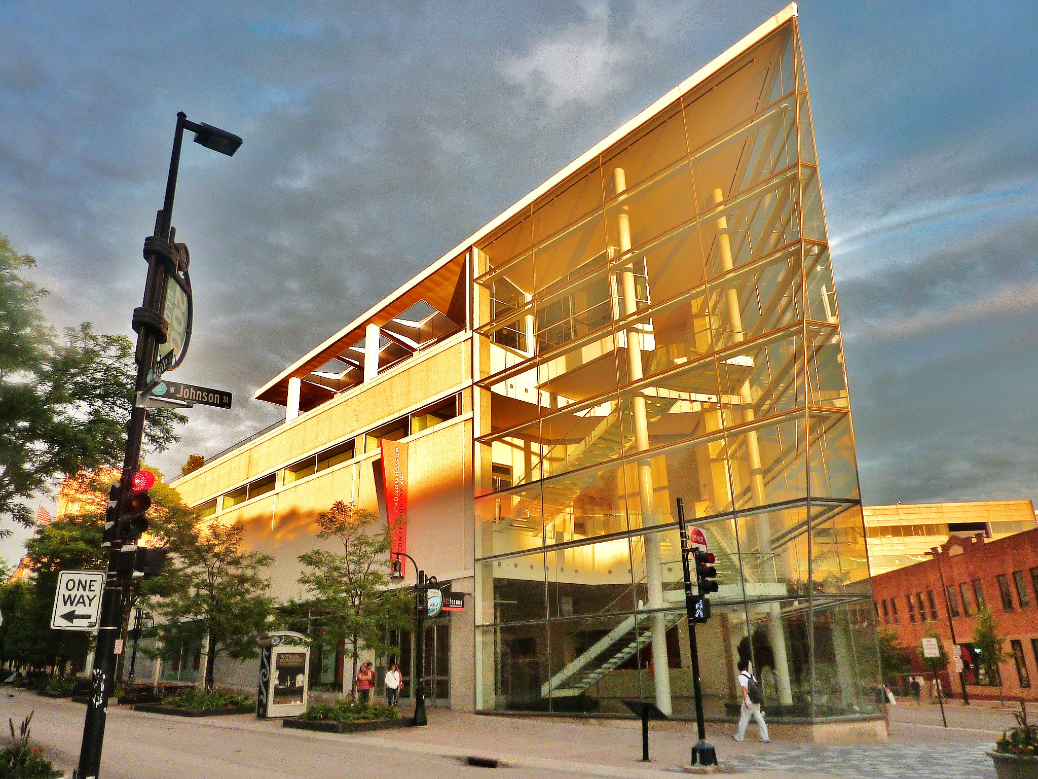 Madison Museum of Contemporary Art (mmoca) - photo bytomandjolieexplore.wordpress.com