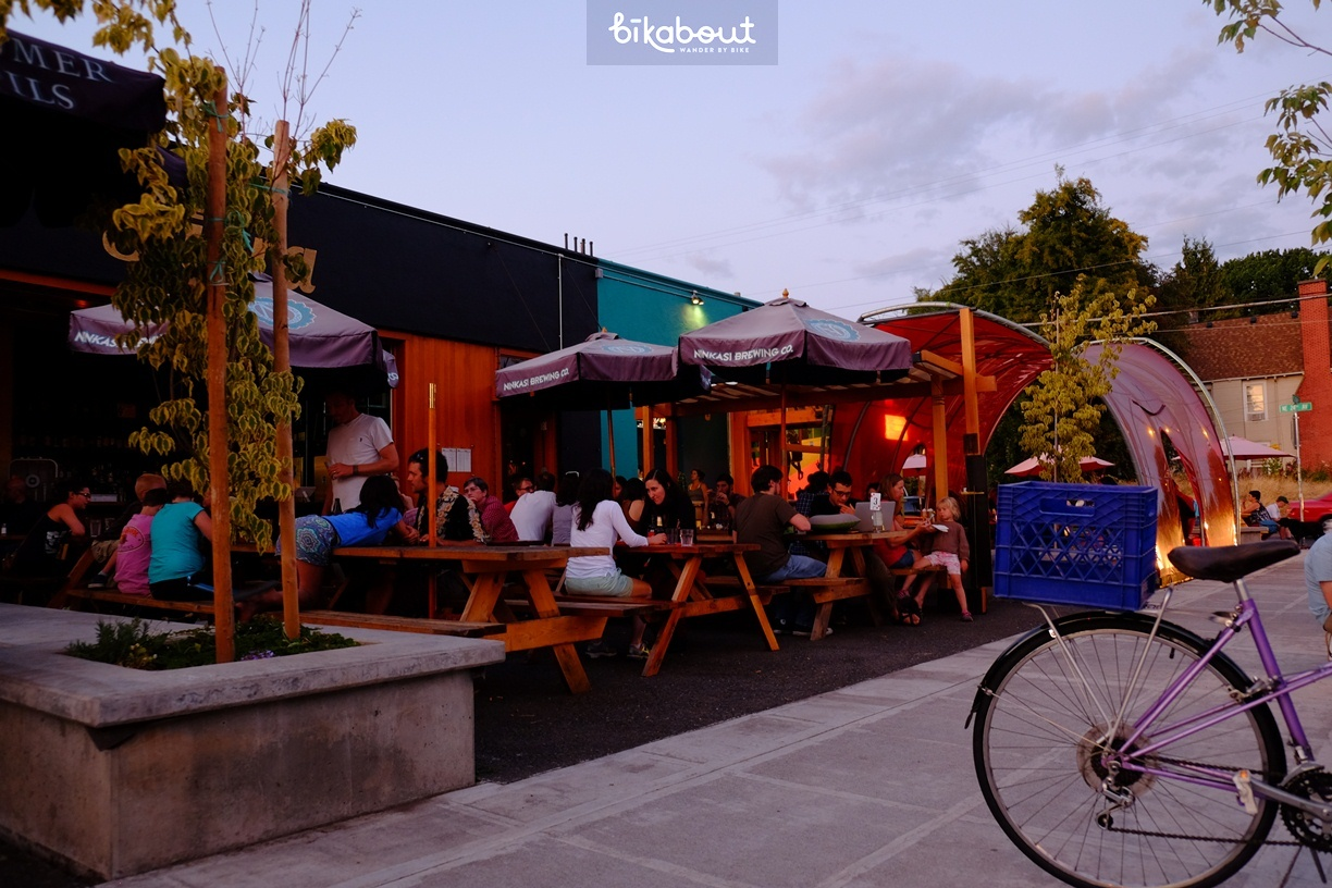 Local restaurants with outdoor seating are perfect reststops