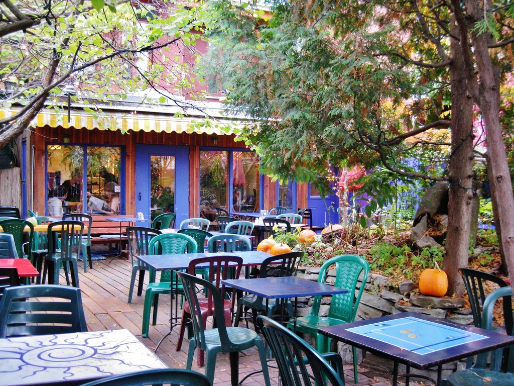 Cafe Santropolo