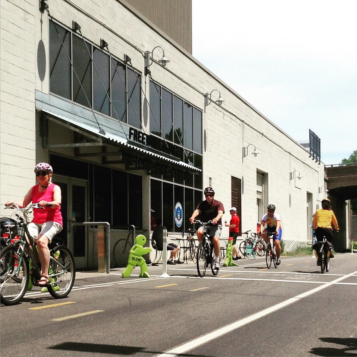 Freewheel Bike MIdtown Bike Center