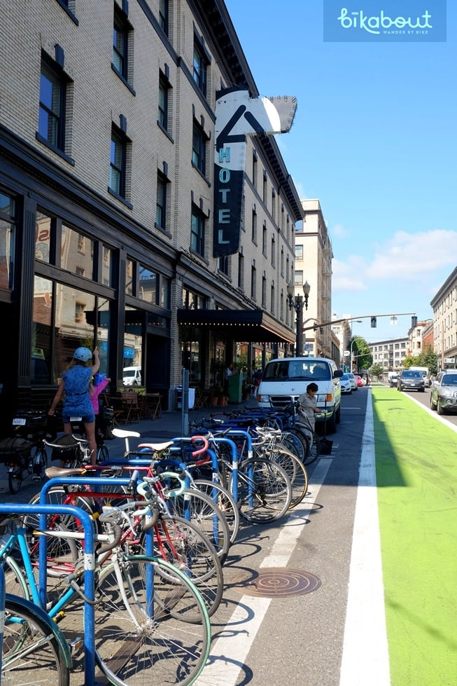 Clyde Common is located next to bike friendly, Ace Hotel, and conveniently in front of a bike corral.
