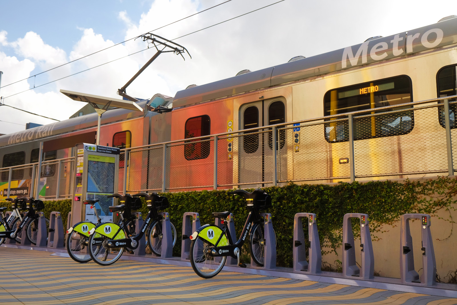 Metro Rail. Photo by Kyle Ramey of Bikabout