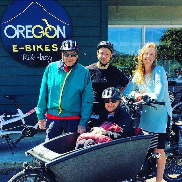 Electric cargo bikes are social lubricants for #seniors. This is Joan with her husband and grandson. She is 74 and not comfortable riding a bike, so I ran home and grabbed the #urbanarrow so she could hop in and enjoy my bike tour with her family. She talked to them, took photos of the scenery and got to relax and take in the beauty that is the Historic Columbia River Hwy Trail. Have any other tour operators started offering this service? #biketour . . . Tag @bikabout or #EbikesareCheating on socials and we'll share your cheating 🤫 story. Instagram link is our recent blog  showcasing all the amazing adventures and everyday life stuff that these ⚡️😀 machines have a hand in. . . . #ihavethisthingwithbikes #bikeride  #wanderbybike #bikelife #biketravel #cycling #biking #cyclinglife #cyclingtour #biketourism #familytravel #familybikeride #ecargobike #ebike #electricbike #electricbikes #seniorlife #retirement @urbanarrow #oregonebikes