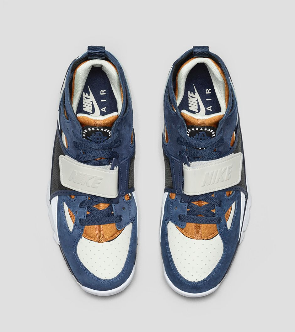 Nike Air Trainer Huarache Premium 705427-001