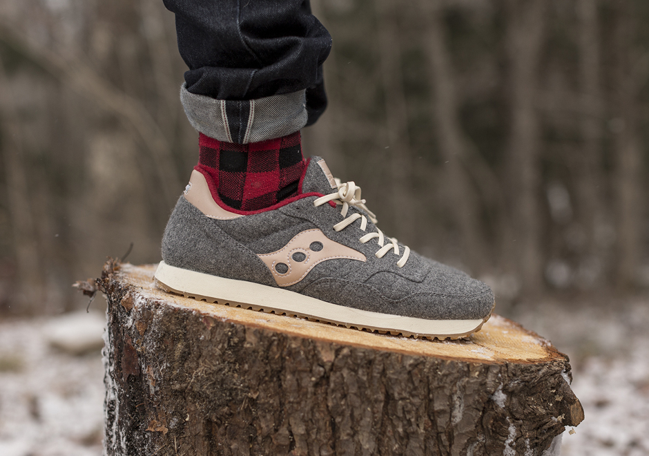 saucony-dxn-trainer-lodge-pack-2.jpg