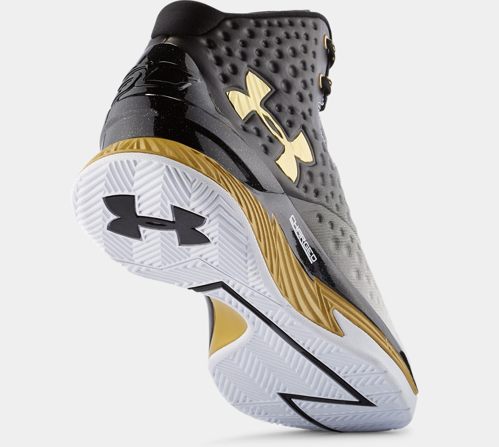 Under-Armour-MVP-Sneaker-4.jpg