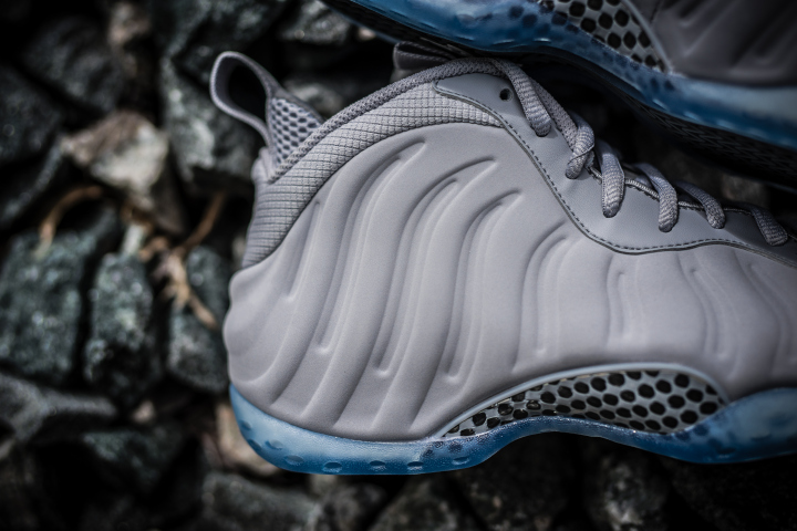 grey-foamposite-grey-suede-wolf-4.jpg