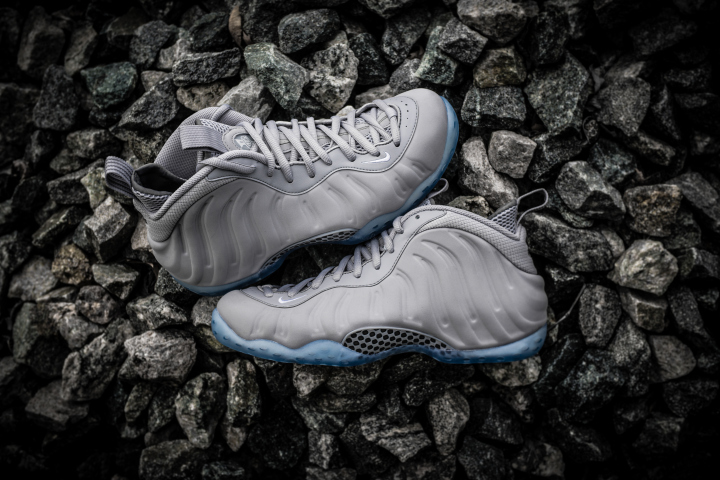 grey-foamposite-grey-suede-wolf-2.jpg