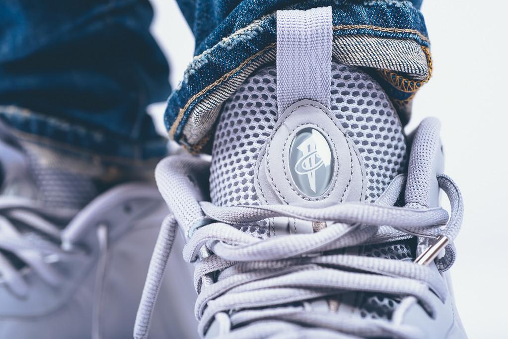 Nike-Air-Foamposite-1-Wolf-Grey-suede-7.jpg
