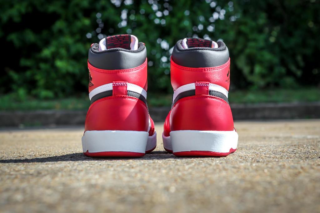 Jordan-1.5-Chicago-04.jpg