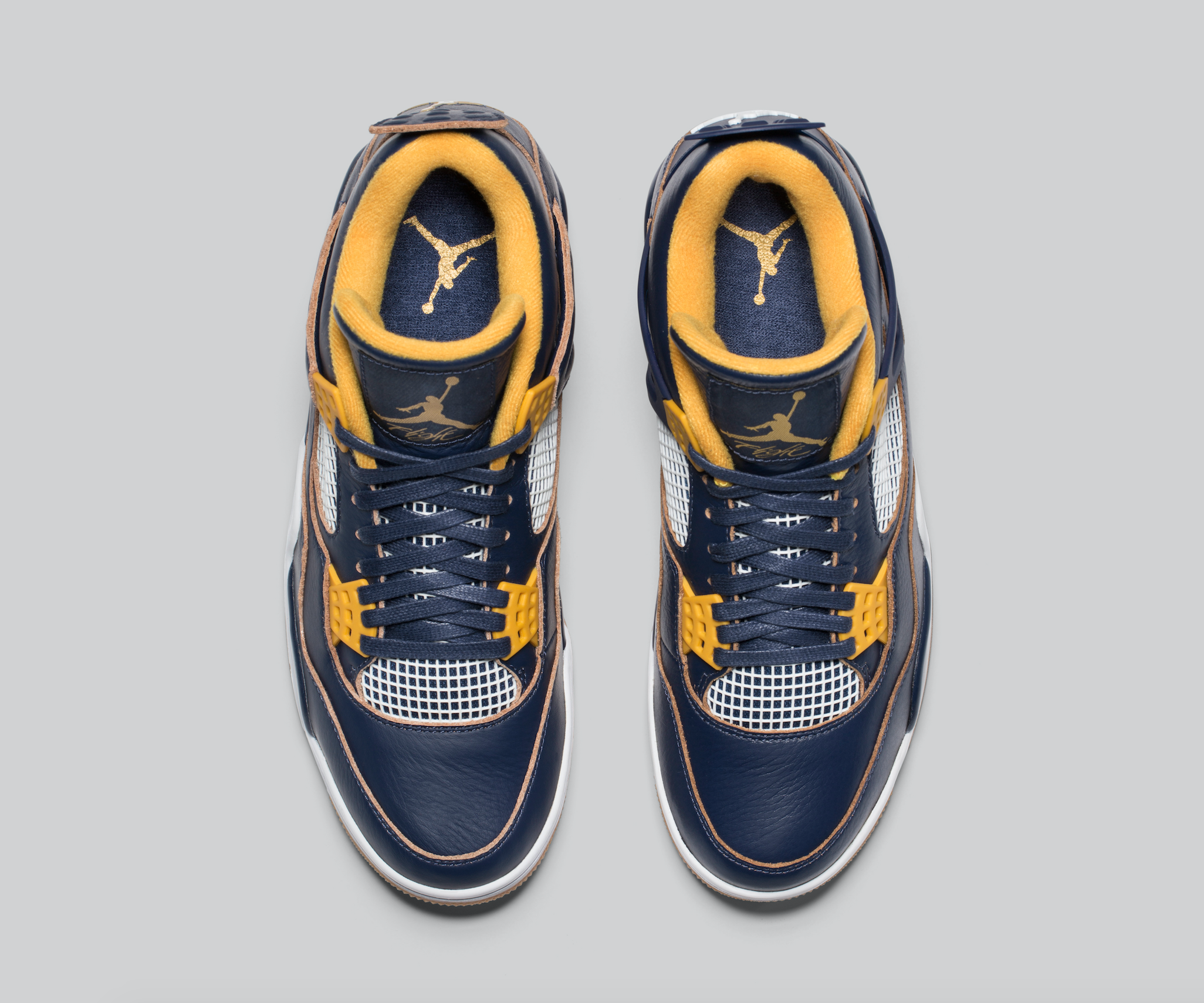 Release-Date-Air-Jordan-4-Dunk-From-Above-05.png
