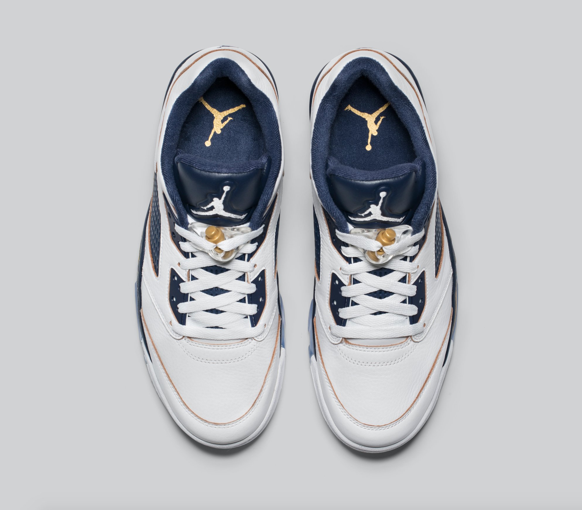 Release-Date-Air-Jordan-5-Low-Dunk-From-Above-03.png
