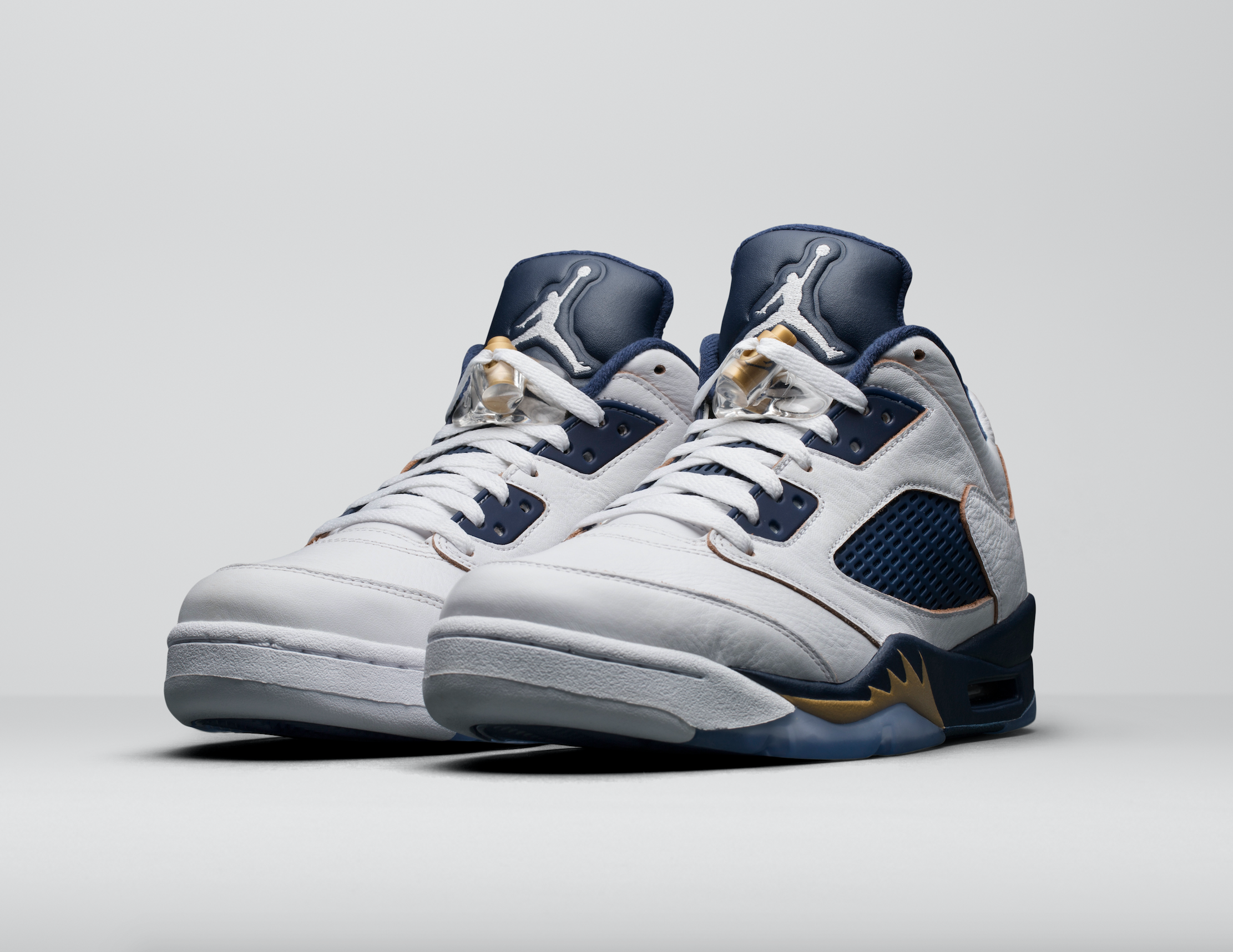 Release-Date-Air-Jordan-5-Low-Dunk-From-Above-01.png