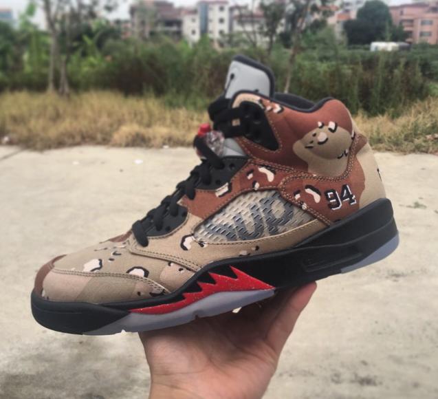 Supreme-x-Air-Jordan-5-desert-camo-2.png