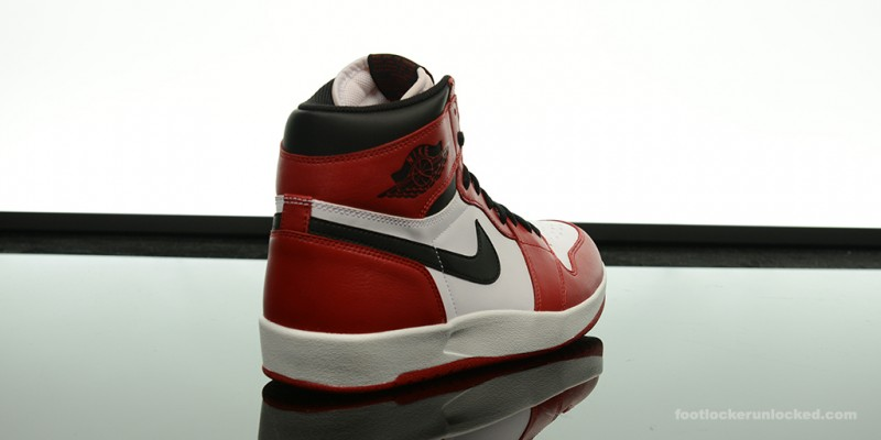 Air-Jordan-1-5-The-Return-Chicago-05.jpg