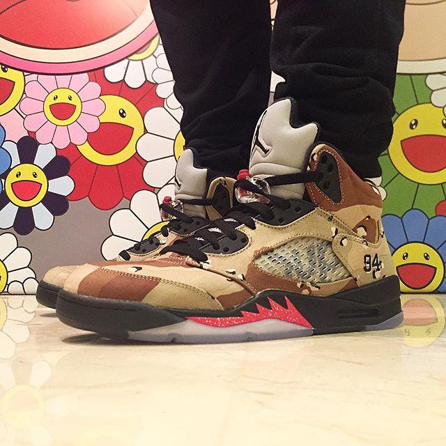 supreme-air-jordan-5-camo-on-feet-02.jpg
