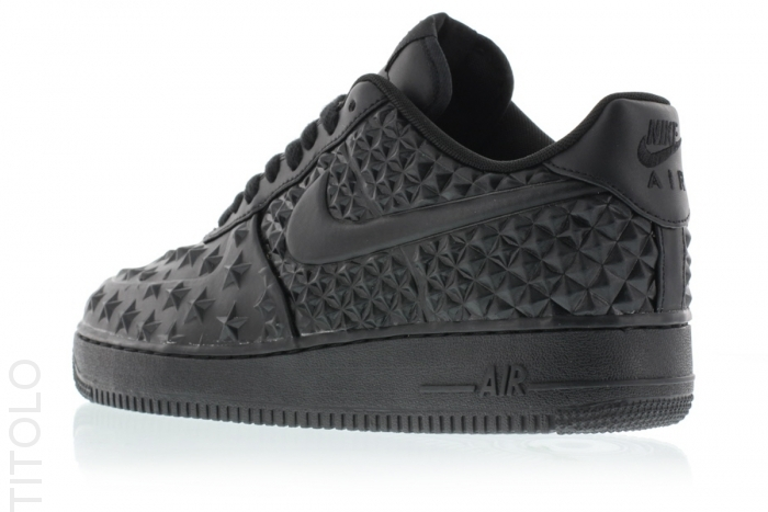 Nike-Air-Force-1-LV8-VT-Stars-Black-03.jpg