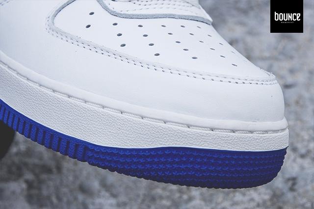 nike-air-force-1-high-og-white-blue-strap-04.jpg