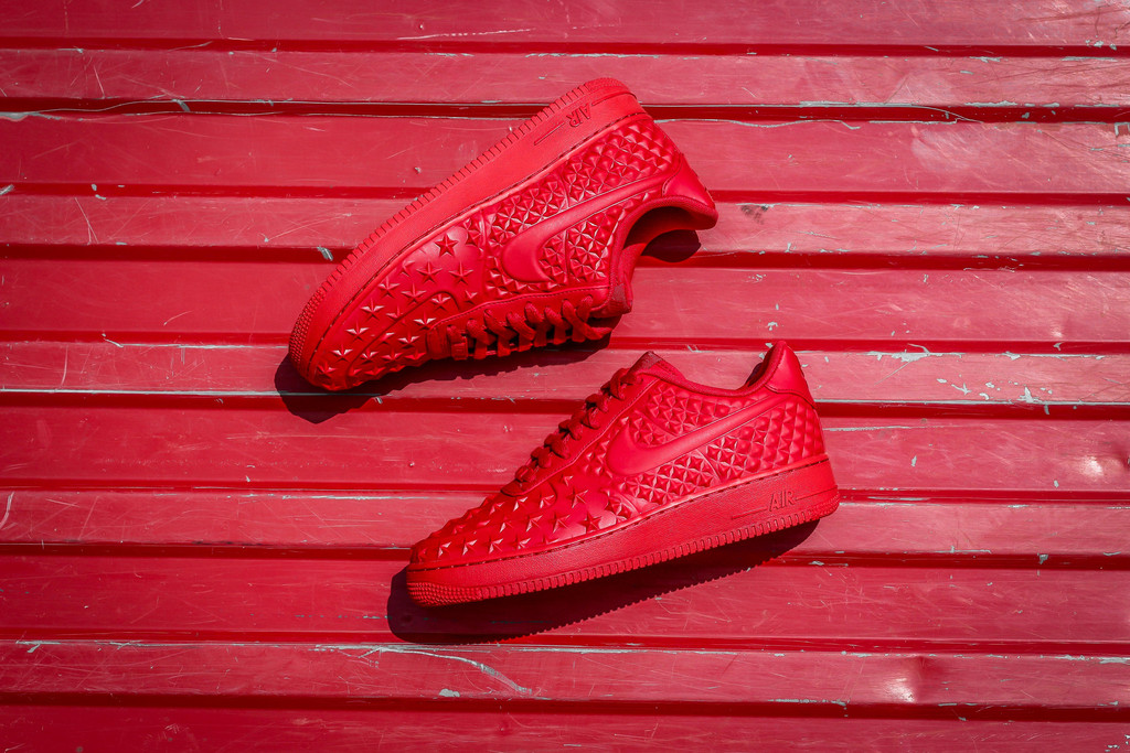 red-Nike Air Force 1 LV8 VT Stars-03.jpg