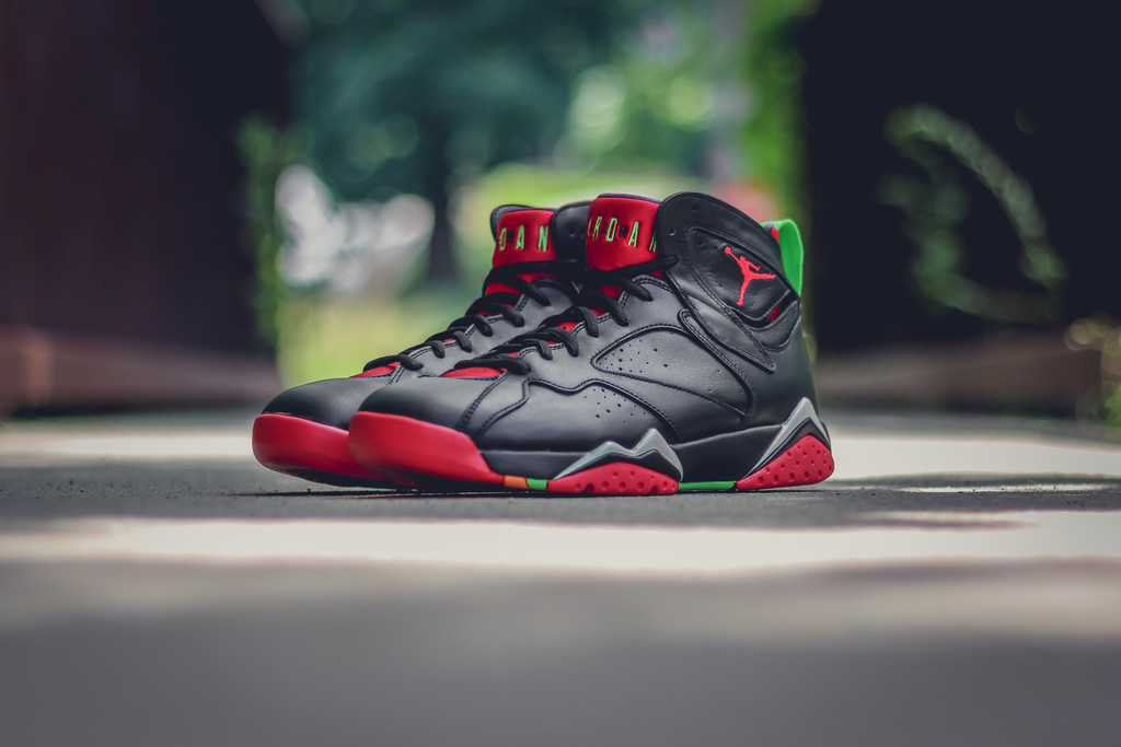 Marvin-the-martian-7-air-jordan-09.jpg