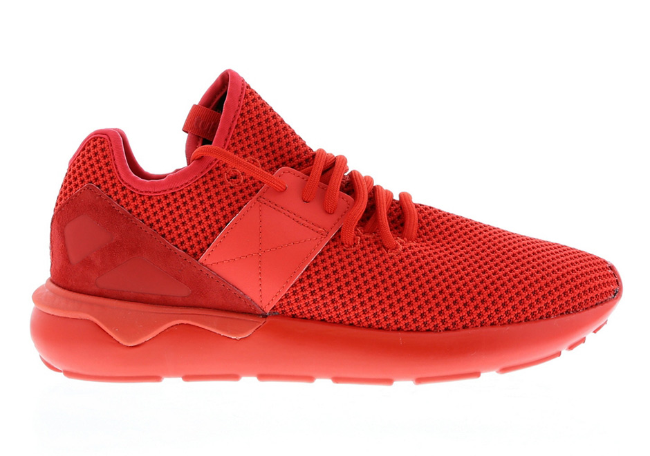 adidas-tubular-strap-red-black-release-02.jpg