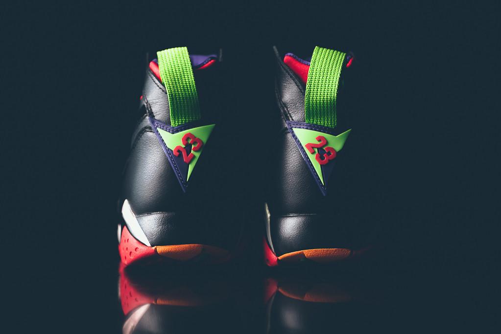Air_Jordan_7_Retro_Marvin_the_MArtain_New_05.jpg