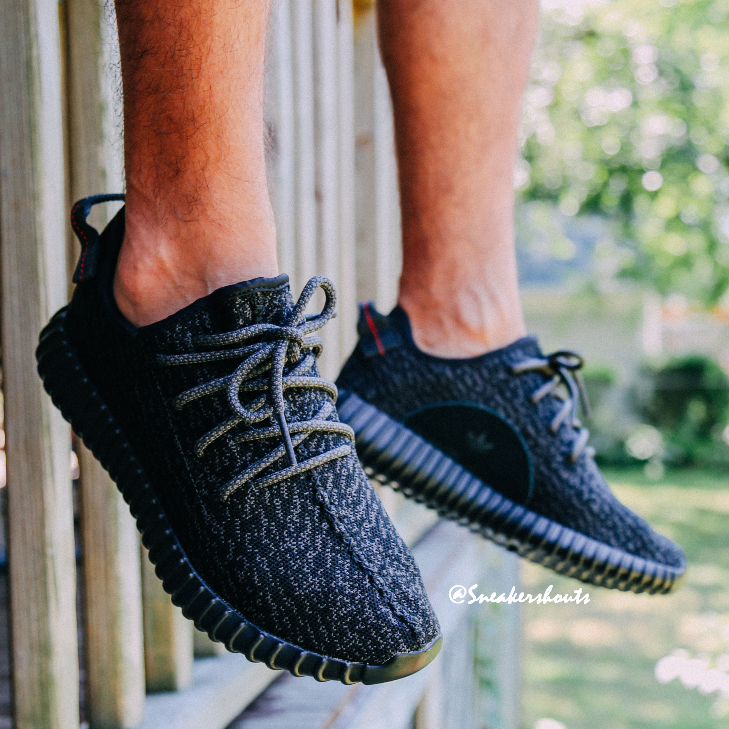 Adidas-Yeezy-350-Boost-Low-Black-5.jpg