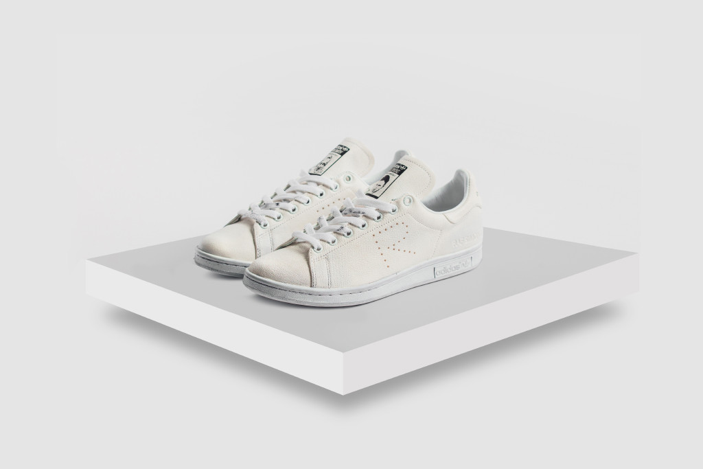 Raf-Simons-x-adidas-Originals-Stan-Smith-aged-white-1.jpg