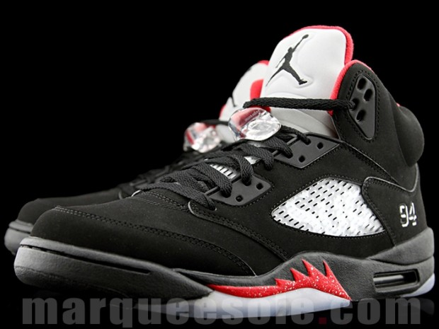 supreme-air-jordan-5-black-collab-01.jpg