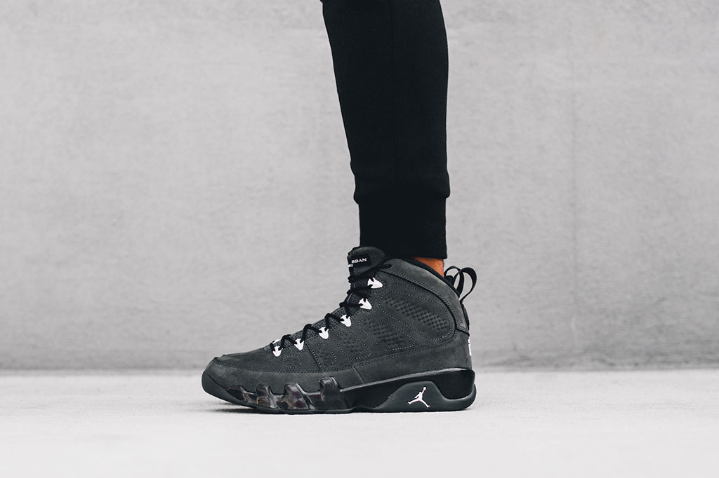 On-Feet-Look-At-The-Air-Jordan-9-Anthracite-photos-12.jpg