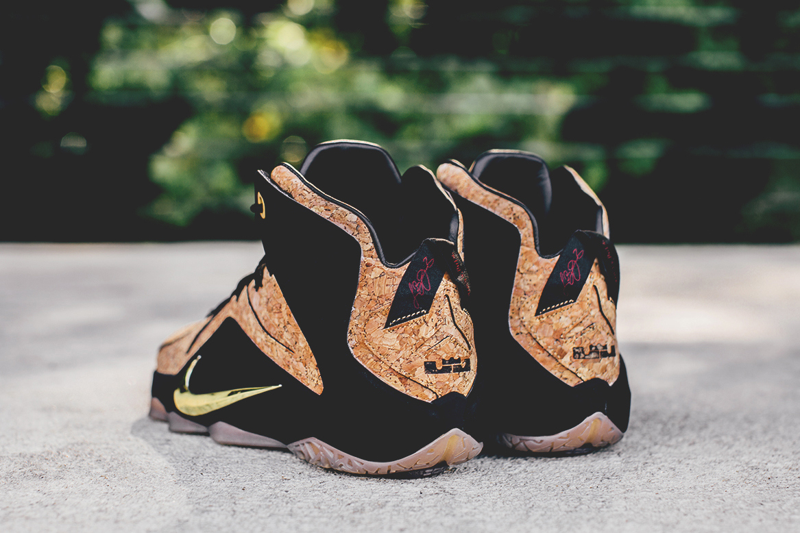 nike-lebron-12-ext-cork-detailed-photos-04.jpg