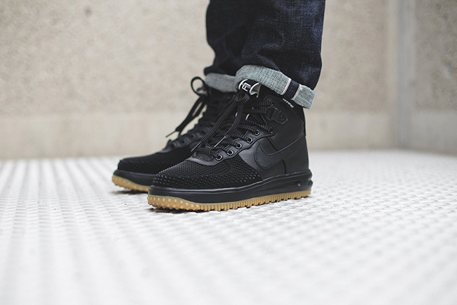 nike air force 1 duckboot on feet