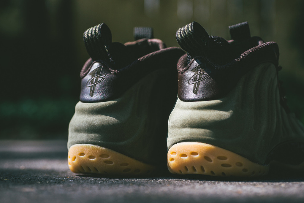 Foamposite-One-Olive-New-Release-03.jpg