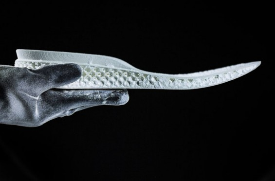 ADIDAS-PRESENTS-THE-FUTURE-OF-RUNNING-SHOES-3D-PRINTED-MIDSOLE-TECHNOLOGY-2-565x372.jpg