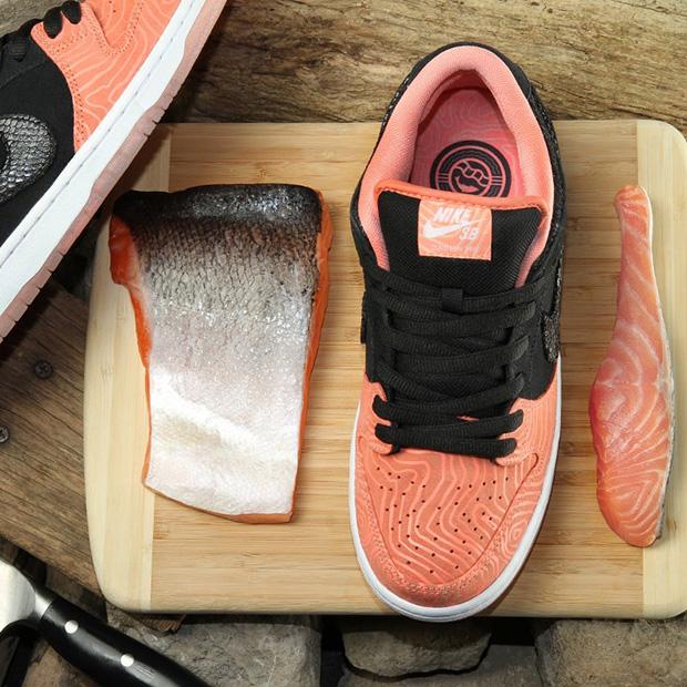 Premier-x-Nike-SB-Dunk-Low-photos-02.jpg