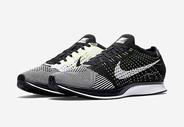 Official Look at the Nike Flyknit Racer