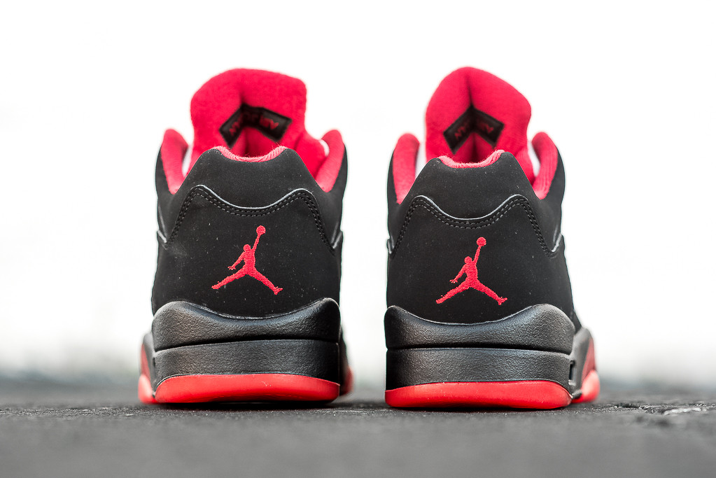 Air_Jordan_5_Retro_Low_BRED_Sneaker_Politics_Hypebeast_4.jpg