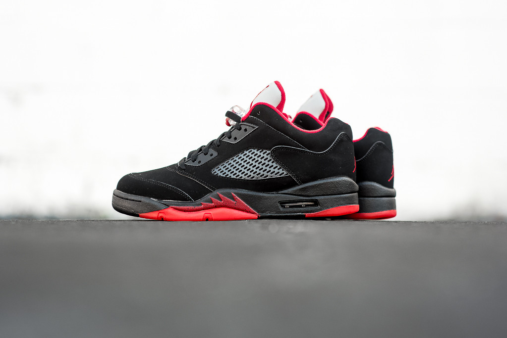 Air_Jordan_5_Retro_Low_BRED_Sneaker_Politics_Hypebeast_1.jpg