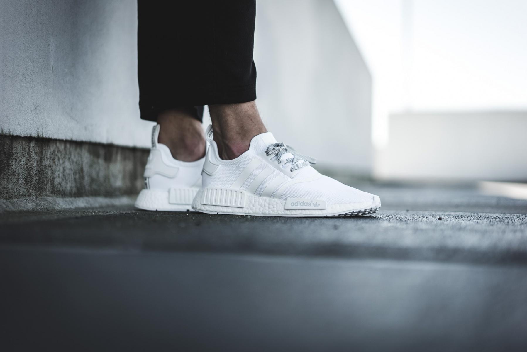 Restock Adidas Nmd R1 Triple White Sneaker Shouts