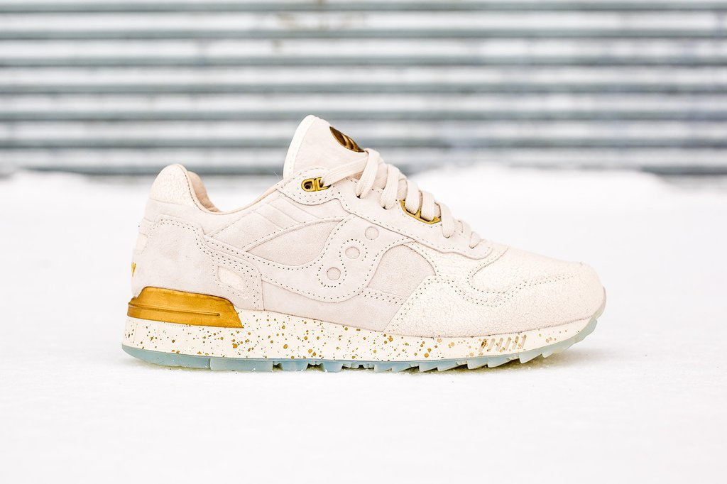 saucony shadow 5000 off white gold off