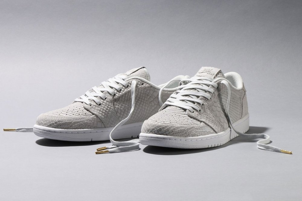 fashion style more photos new high quality Now Available: Air Jordan 1 Retro Low No Swoosh