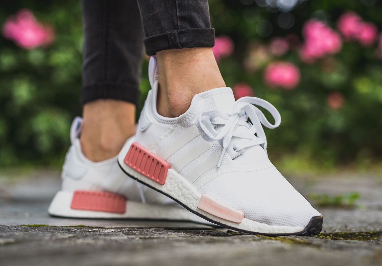 Women S Adidas Nmd R1 White Rose Under Retail Sneaker Shouts