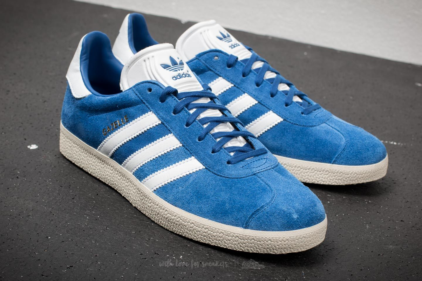 adidas gazelle royal