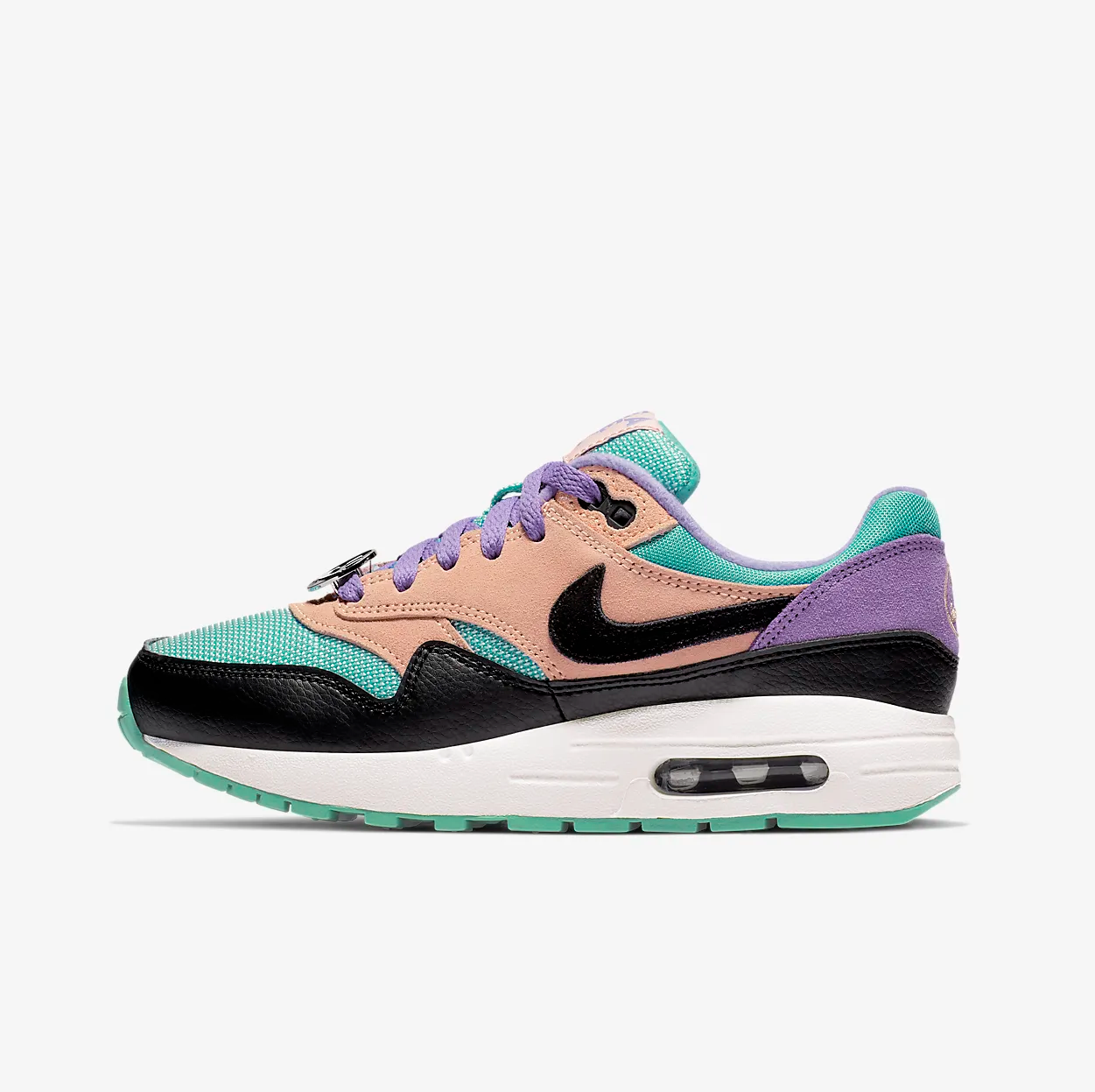 Now Available: GS Nike Air Max 1 \