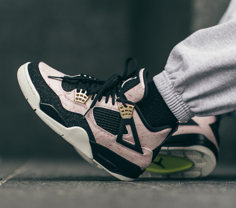 Restock: Air Jordan 4 Retro W \