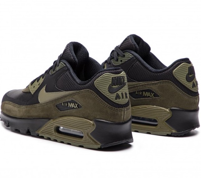 On Sale: Nike Air Max 90 Leather