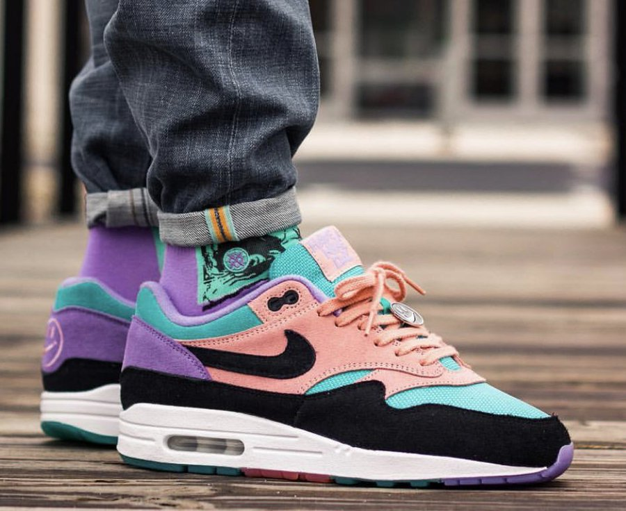 f80d9c84e On Sale: Nike Air Max 1
