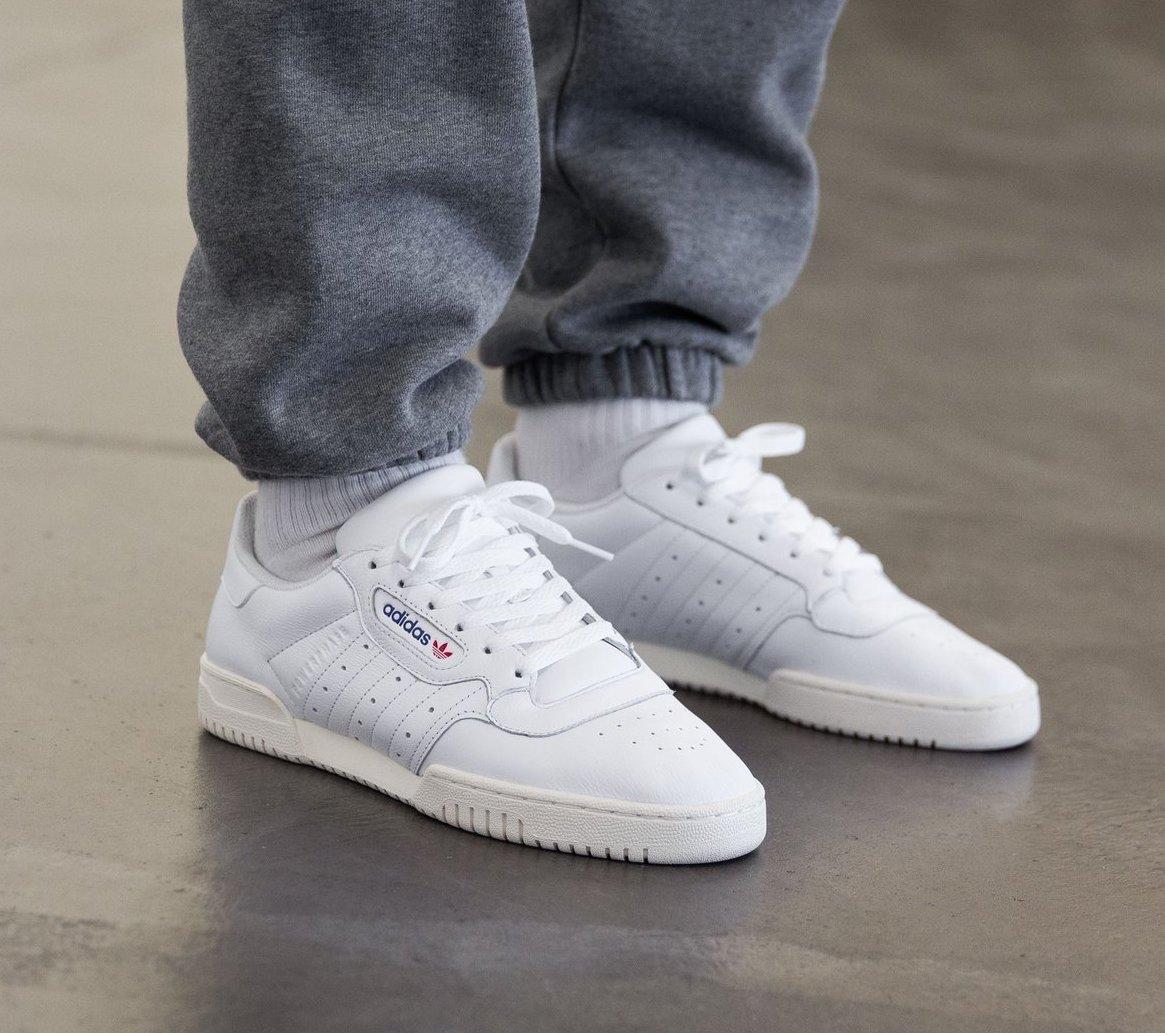 adidas Originals POWERPHASE Sneaker low offwhitedark