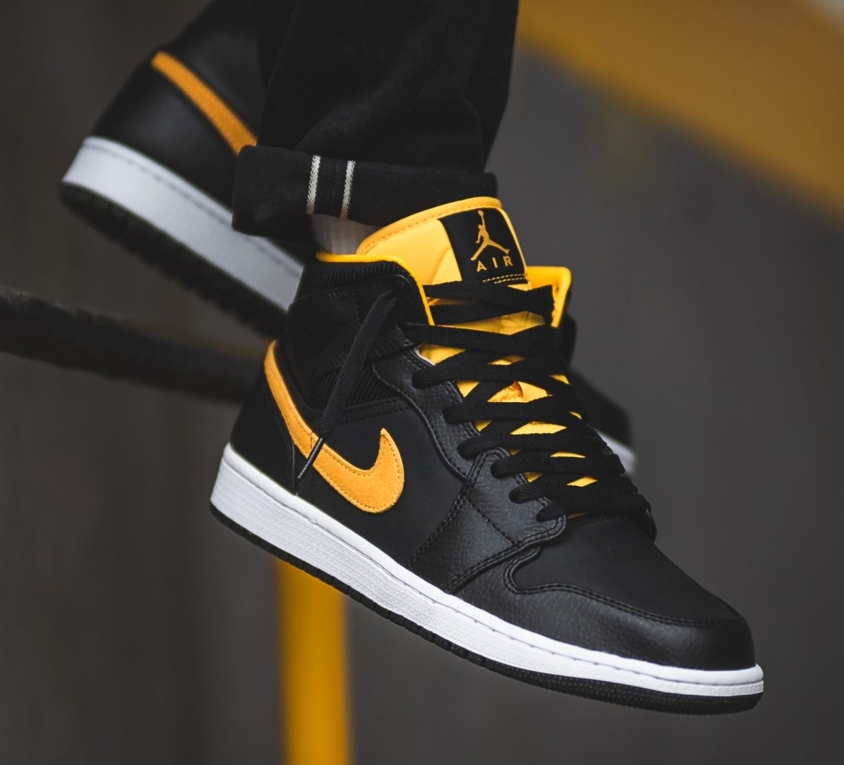 0652720c3 Now Available  Air Jordan 1 Mid