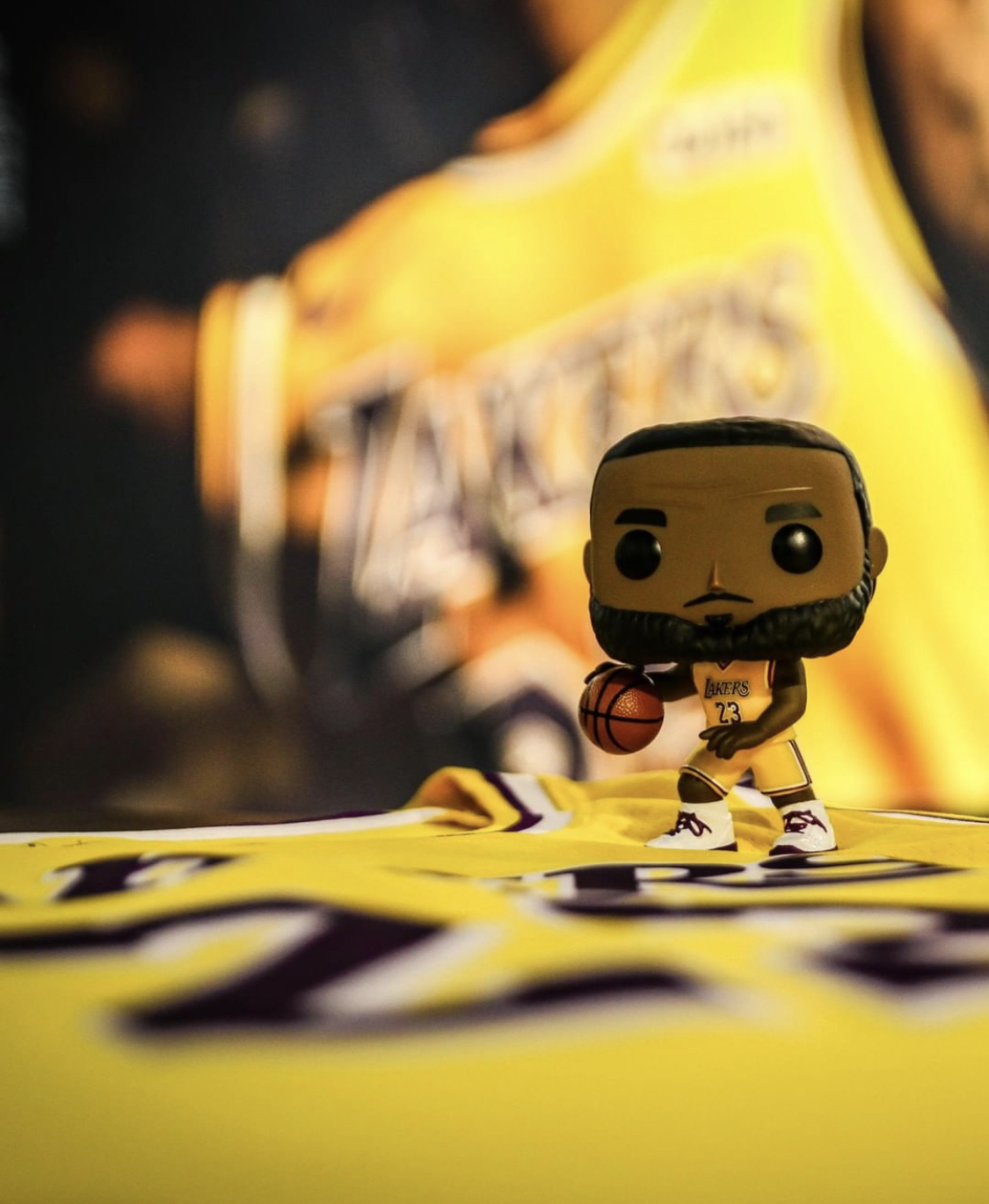 cheap for discount ccb1d 72da2 Now Available: Funko Pop! LeBron James Lakers Away Jersey ...